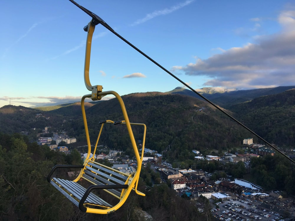 chair-lift-over-gatlinburg