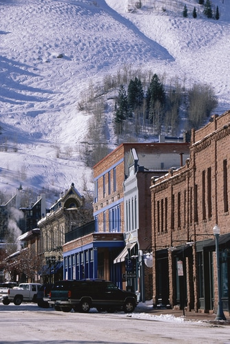 aspen-colorado-storefronts-slopes