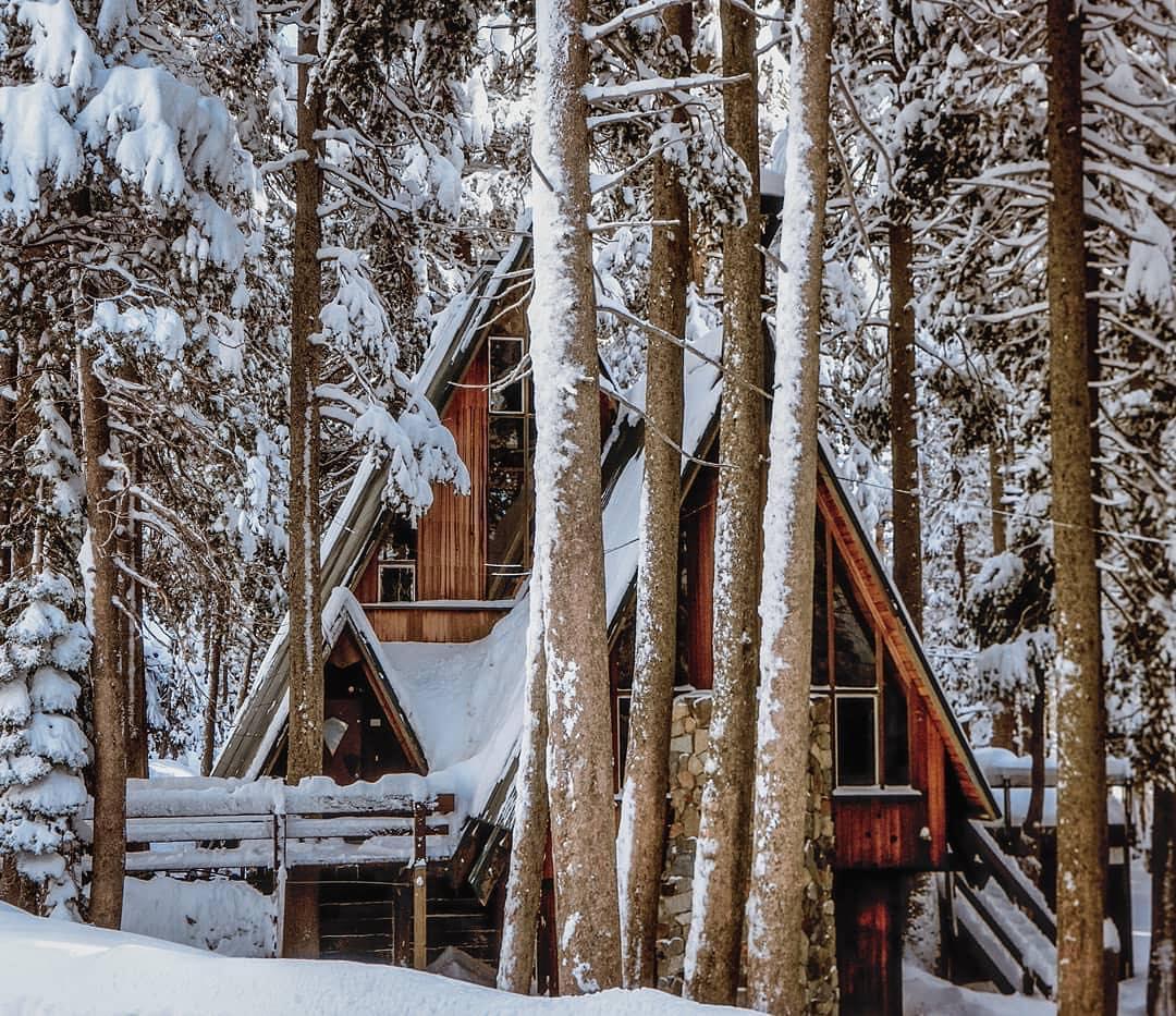 snow-cabin-a-frame-marin-ski-club