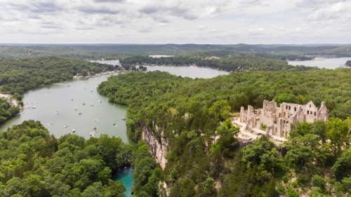 lake-of-ozarks-missouri-castle-ruins