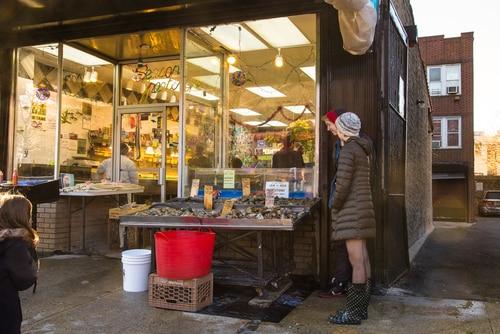 Seafood-arthur-avenue-bronx
