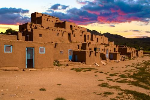 taos-new-mexico-pueblo