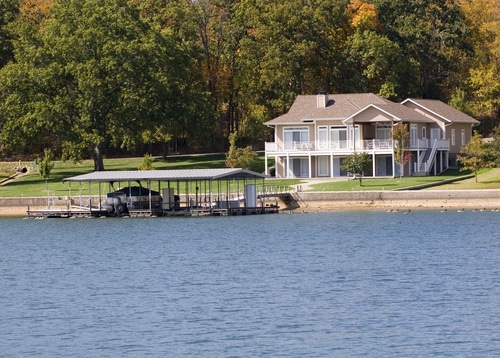 lake-house-rental-ozarks-missouri-spring-break