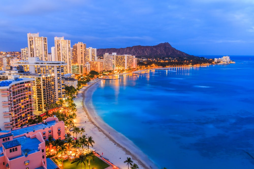 honolulu-coastline-at-sunset