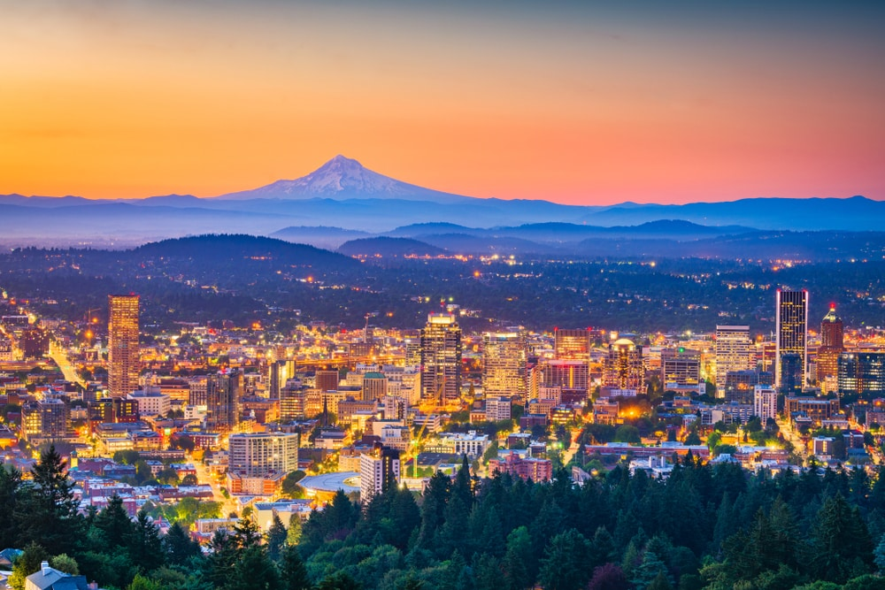 portland-city-skyline-at-sunset