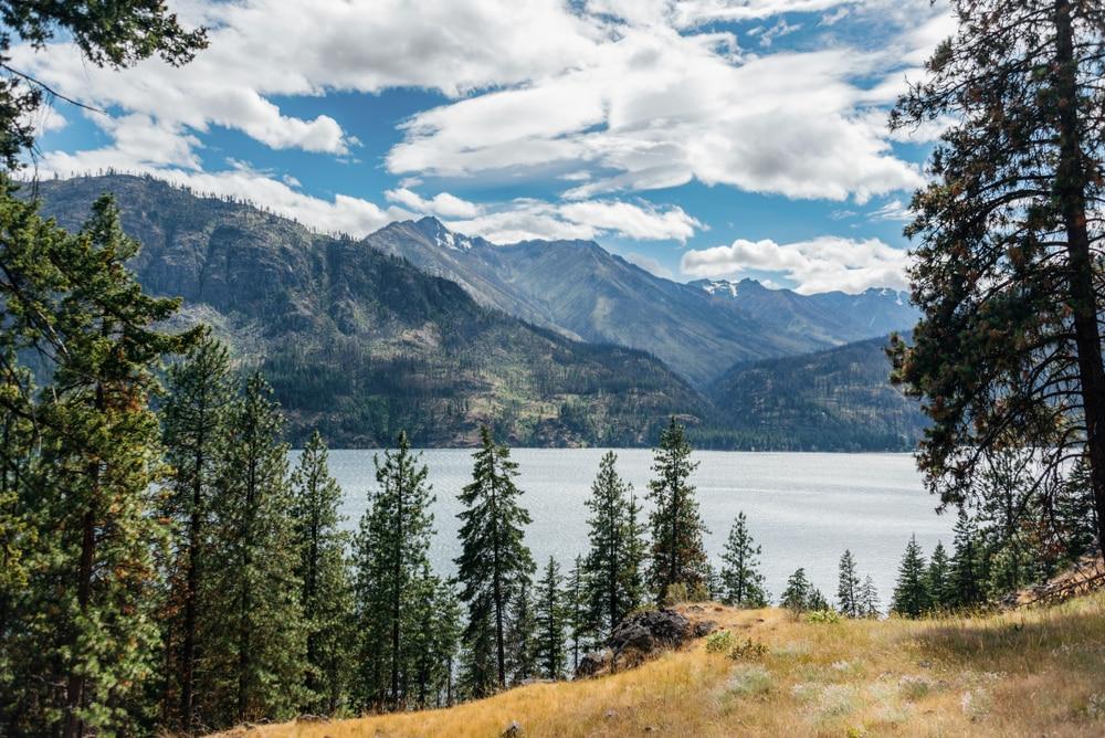 gorgeous-view-of-lake-chelan