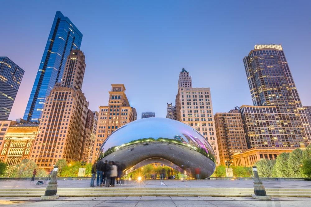 cloud-gate-bean-in-chicago