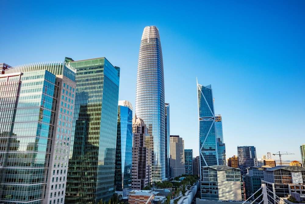 salesforce-tower-and-other-buildings