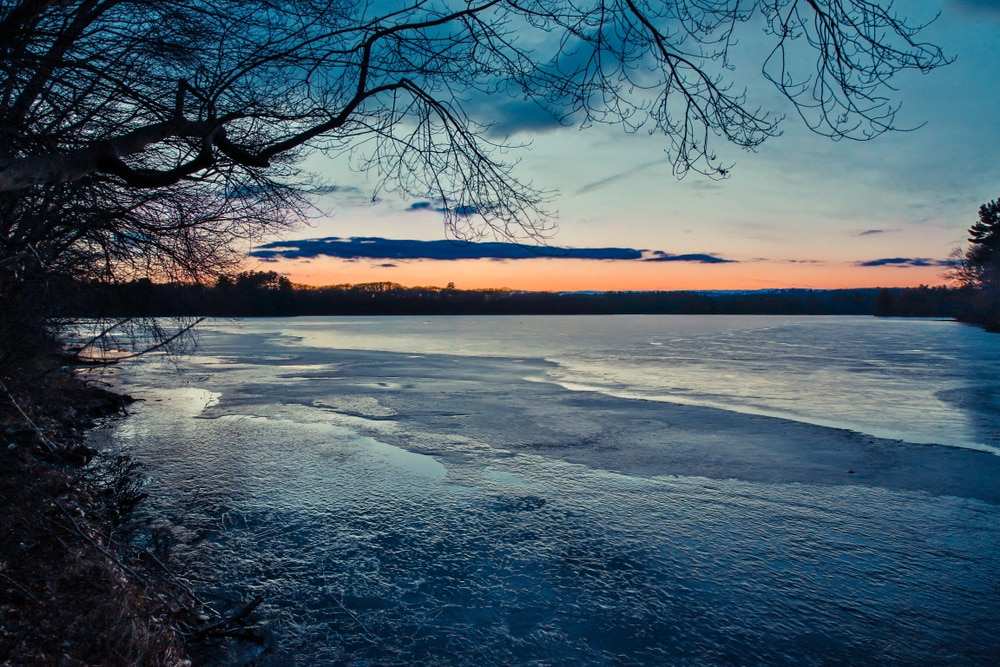 sunset-on-lake