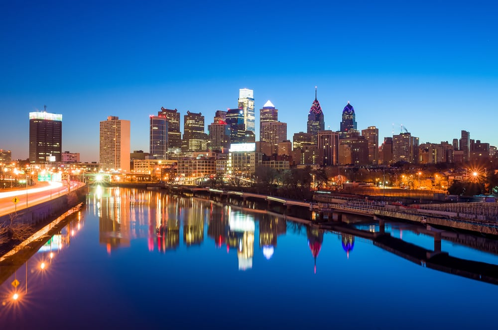 philadelphia-skyline-reflection-at-twilight