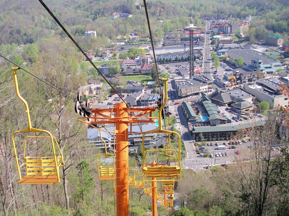 gatlinburg-skylift-chairs
