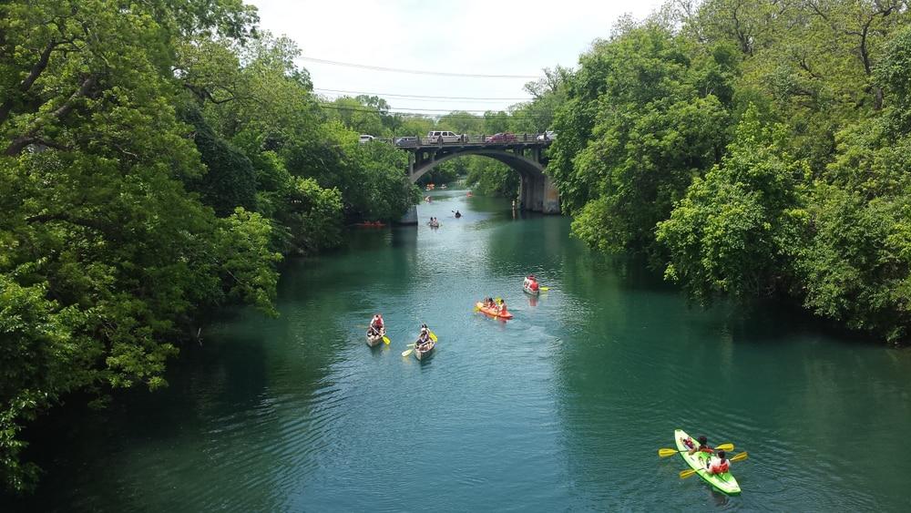 kayaking-through-lady-bird-lake