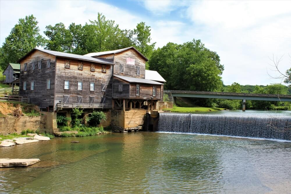 old-mill-at-hurricane-mills