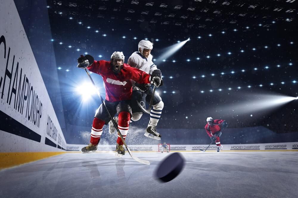 hockey-players-screaming