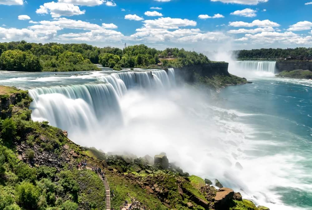 niagara-falls-near-new-york