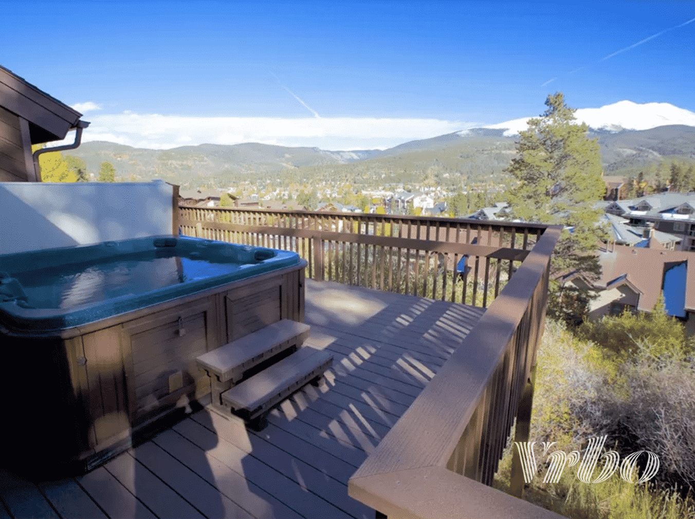 vrbo-colorado-hot-tub-balcony