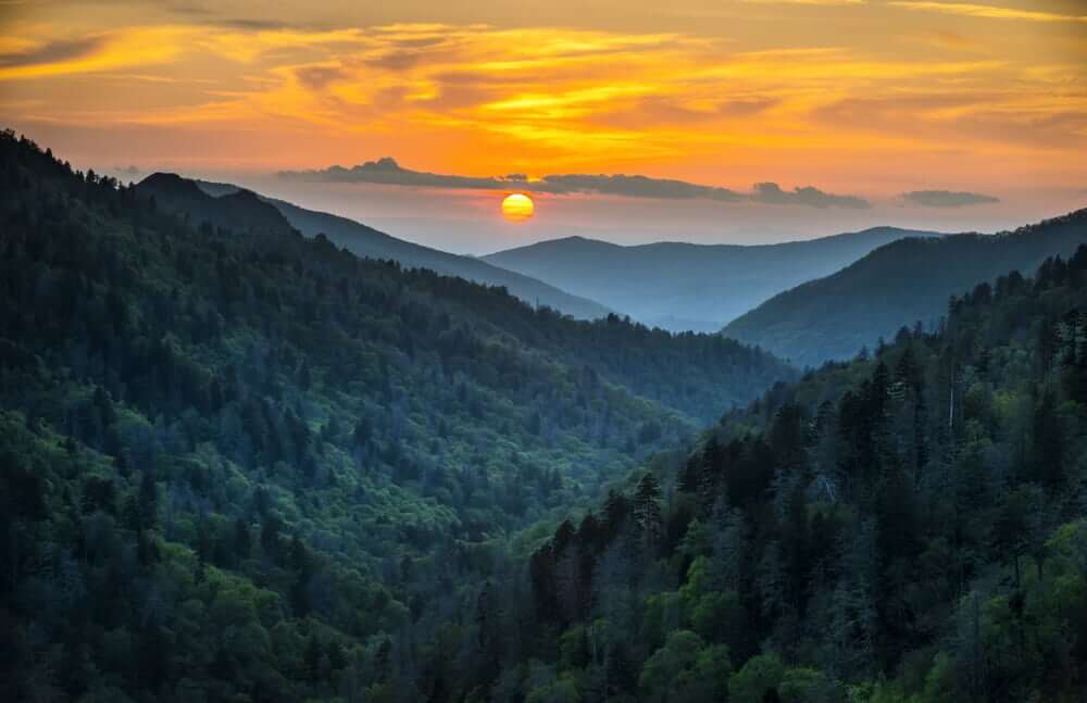 gatlinburg-sunset-over-smokies