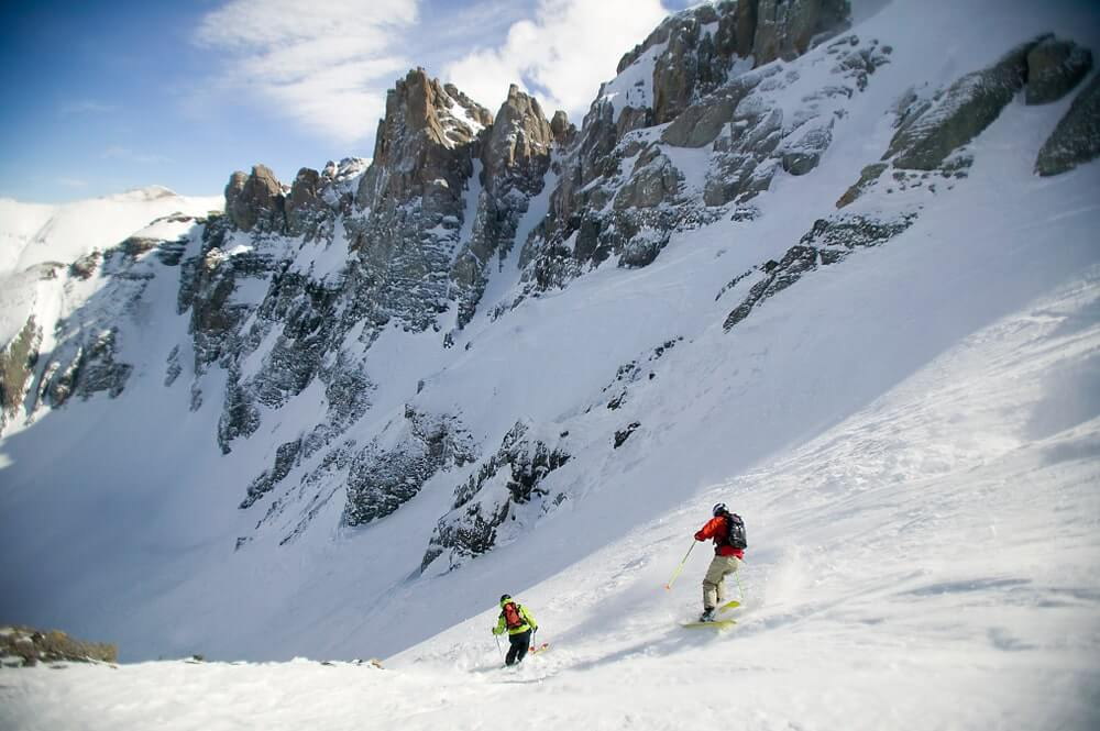snowy-mountains-in-telluride-colorado