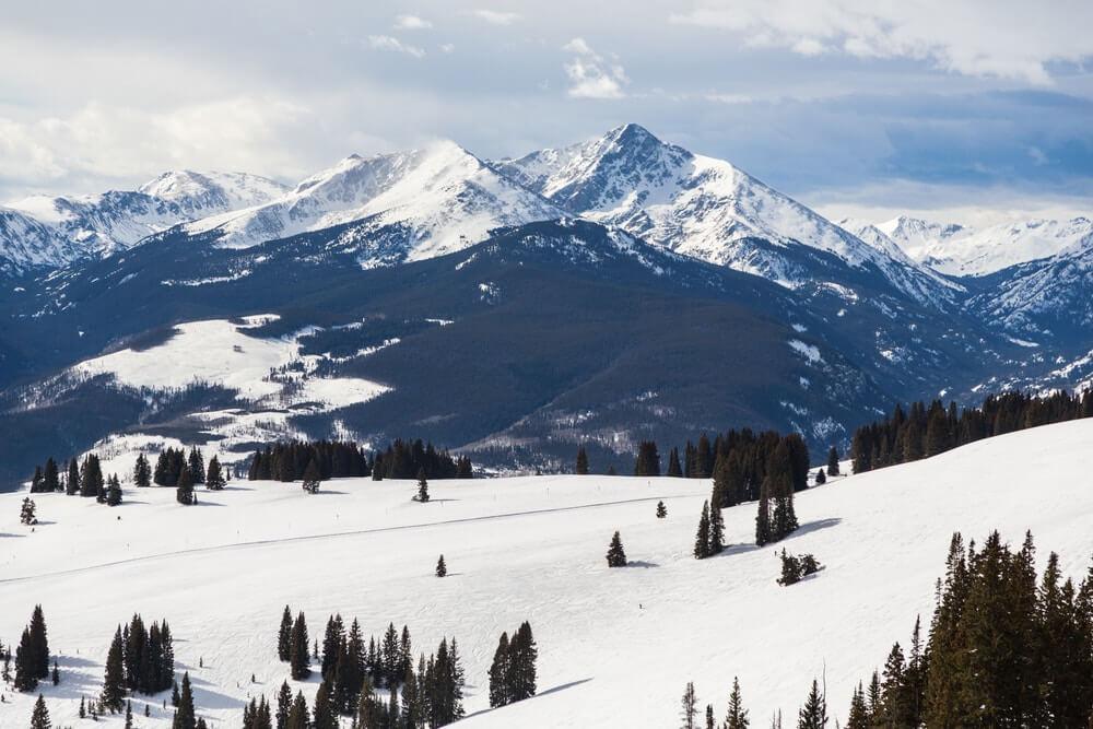 colorado-mountains-in-vail