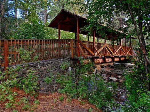 wood-bridge-in-sisters-oregon
