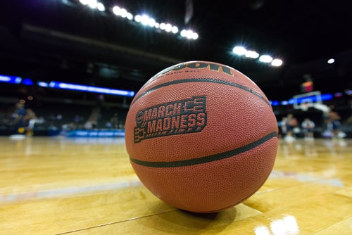 Fill out the Bracket for your Next Vacation | March Madness